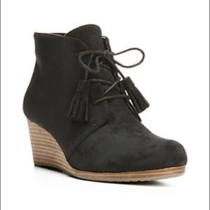 Dr scholls wedge heel booties.